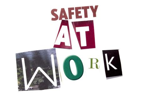 安全に作業スペースと白い背景のビジネス概念の異なる雑誌新聞文字の概念を示すテキストを書く単語 写真素材