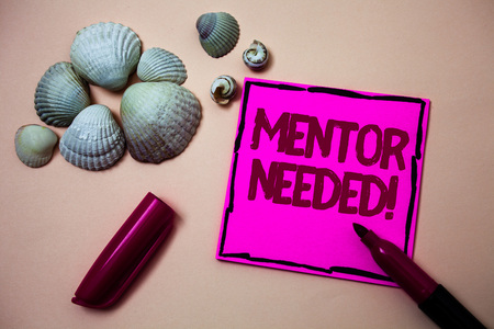 Text sign showing Mentor Needed Motivational Call. Conceptual photo Guidance advice support training required Ink marker open cap small shells handwrittern notes artwork paper sheet Standard-Bild