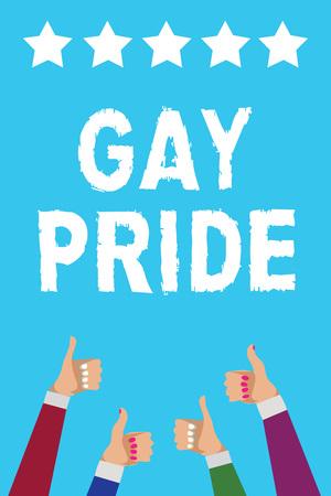 Écrit remarque montrant la Gay Pride. Photo d'affaires mettant en valeur la dignité d'un idividual qui appartient à un homme ou à une femme hommes femmes mains Thumbs up approbation cinq étoiles info fond bleu