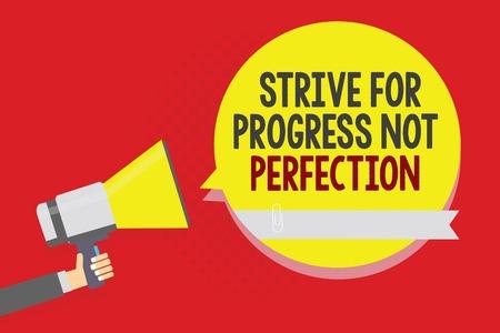Escritura a mano conceptual mostrando luchar por el progreso, no por la perfección. Foto y texto de negocios mejorar con flexibilidad Advance Grow Hombre sosteniendo megáfono altavoz burbuja amarilla sobre fondo rojo.