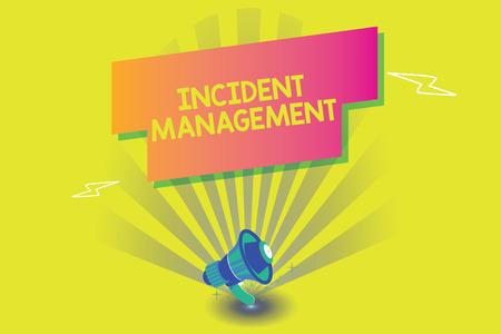 Escritura de texto Word Gestión de incidentes. Concepto de negocio para que el proceso devuelva el servicio a los peligros correctos normales.