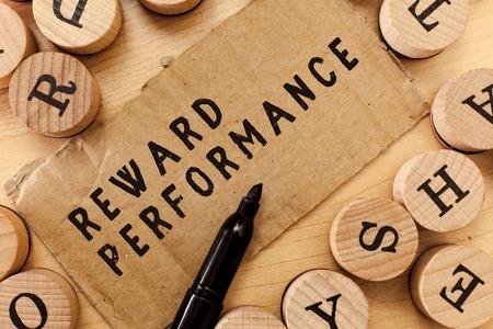 Escritura de texto escrito, recompensa el rendimiento. Concepto Significado Valoración Reconocer a los trabajadores el valor relativo de la empresa.