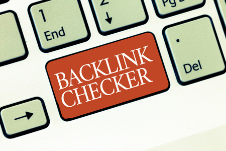 Text sign showing Backlink Checker. Conceptual photo Find your competitors most valuable ones and spot patterns. Reklamní fotografie