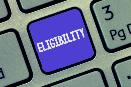 Text sign showing Eligibility. Conceptual photo State of having the right for doing or obtain something Proper. Banque d'images - 111145825