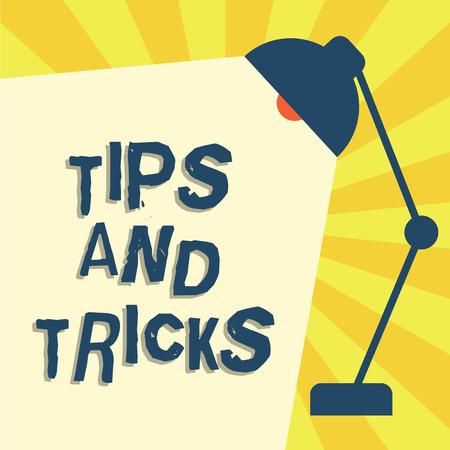 Schrijfbriefje met tips en trucs. Zakelijke foto met nuttige adviezen die bepaalde acties gemakkelijker maken.