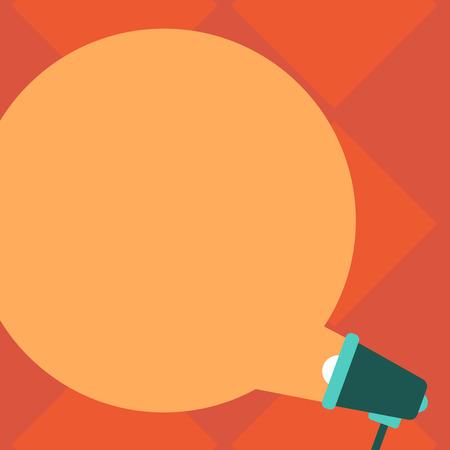 Concetto di business di design Annuncio aziendale per banner di promozione del sito Web annuncio vuoto sui social media. Fumetto rotondo vuoto di colore che esce dal megafono per l'annuncio Vettoriali