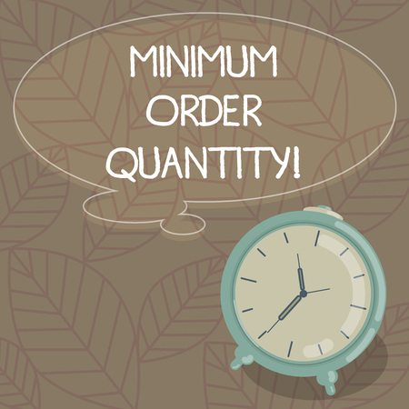 Writing note showing Minimum Order Quantity. Business photo showcasing lowest quantity of a product a supplier can sell Blank Color Thought Speech Bubble with Outline and Alarm Clock photo Banco de Imagens