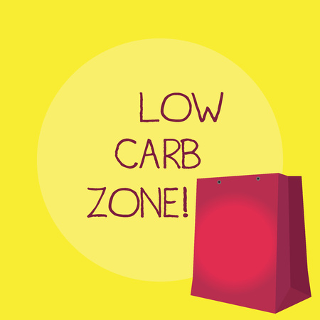 Conceptual hand writing showing Low Carb Zone. Business photo showcasing Healthy diet for losing weight eating more proteins sugar free Standard-Bild - 117846458