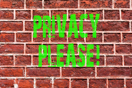 Word writing text Privacy Please. Business concept for Let us Be Quiet Rest Relaxed Do not Disturb Brick Wall art like Graffiti motivational call written on the wall Stock fotó - 117920992