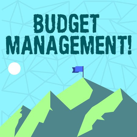 Escribir nota que muestra la gestión presupuestaria. Concepto de negocio para diseñar e implementar procesos presupuestarios de una demostración de montañas con sombra que indica la hora del día y la bandera de la bandera Foto de archivo