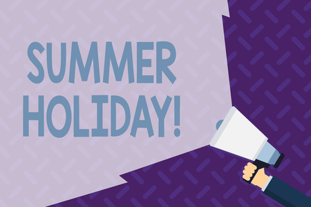 Text sign showing Summer Holiday. Business photo showcasing Vacation during the summer season School holiday or break Hand Holding Megaphone with Blank Wide Beam for Extending the Volume Range Zdjęcie Seryjne - 122420656