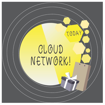 Writing note showing Cloud Network. Business concept for Access of networking resources from centralized provider 免版税图像