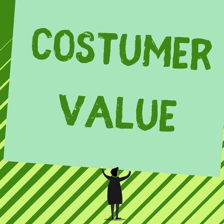 Word writing text Costumer Value. Business photo showcasing Amount of benefits which clients get from purchasing products Man stands in back view under huge empty blank big tilted rectangle board Banco de Imagens - 124992764