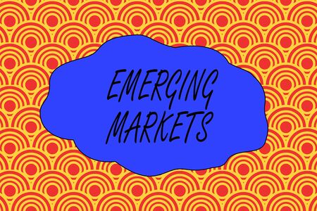Texte de l'écriture écrit les marchés émergents. Pays de la photo conceptuelle qui présente certaines caractéristiques des magasins développés Conception abstraite sans couture de demi-cercles qui se détachent les uns des autres Banque d'images