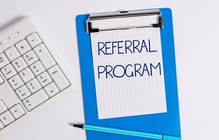 Text sign showing Referral Program. Business photo showcasing employees are rewarded for introducing suitable recruits 스톡 콘텐츠
