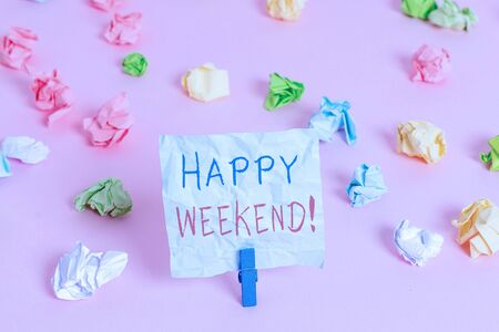 Writing note showing Happy Weekend. Business concept for something nice has happened or they feel satisfied with life Standard-Bild - 129361135