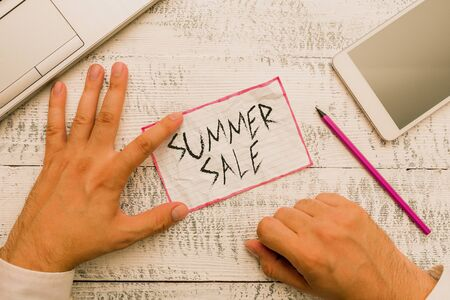 Writing note showing Summer Sale. Business concept for Annual discount events that takes place during summer season 写真素材