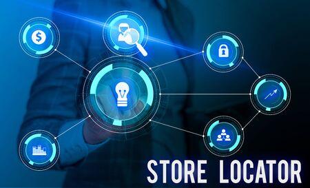 Koncepcyjne pismo ręczne pokazujące lokalizator sklepów. Pojęcie oznaczające poznanie adresu, numeru kontaktowego i godzin pracy Kobieta nosi garnitur roboczy prezentujący inteligentne urządzenie do prezentacji