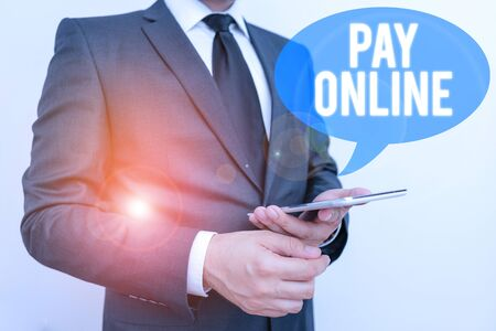 Writing note showing Pay Online. Business concept for buy products or service using credit card on any website Stockfoto