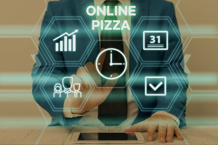Text sign showing Online Pizza. Business photo text fast delivery of pizza at your doorstep Ordering food online Male human wear formal work suit presenting presentation using smart device Standard-Bild