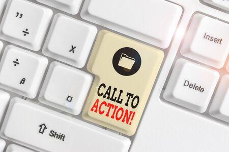 Signe texte montrant l'appel à l'action. Photo d'entreprise présentant l'exhortation à faire quelque chose afin d'atteindre l'objectif avec problème clavier pc blanc avec papier vide au-dessus de l'espace de copie de la clé de fond blanc