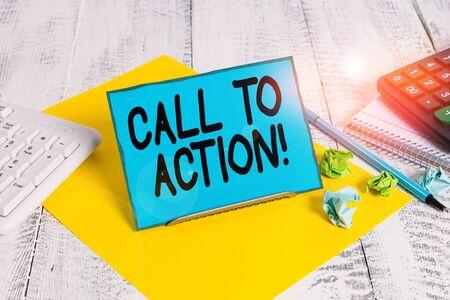 Main conceptuel écrit, indiquant l'appel à l'action. Sens Concept exhortation faire quelque chose afin d'atteindre l'objectif avec problème Papier à lettres sur le fil entre le clavier de l'ordinateur et les feuilles