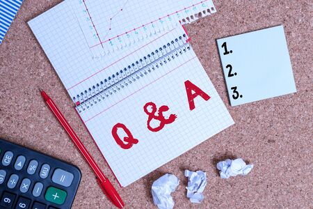 Writing note showing Q And A. Business concept for a period of time or an occasion when someone answers questions Desk notebook paper office paperboard study supplies chart Stok Fotoğraf