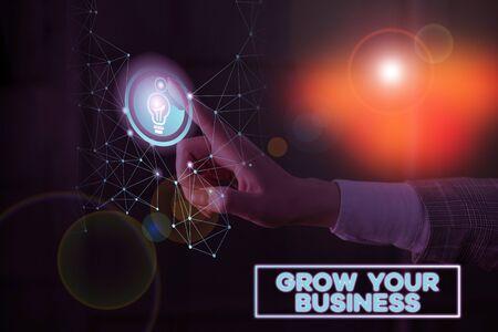 Textzeichen, das Ihr Geschäft ausbaut. Geschäftsfototext Erzielen Sie einen höheren Gewinn Bieten Sie eine bessere Kapitalrendite