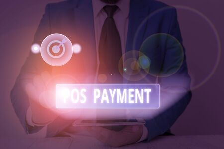 Signe texte montrant le paiement Pos. Photo d'entreprise présentant le paiement des offres des clients en échange de biens et services Banque d'images