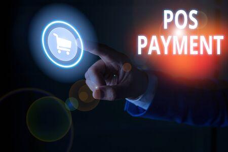 L'écriture de texte Word Paiement Pos. Photo d'entreprise présentant le paiement des offres des clients en échange de biens et services Banque d'images