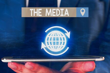 Signe texte montrant les médias. Photo d'entreprise présentant les principaux moyens de communication de masse qui sont considérés collectivement Banque d'images