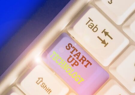 Text sign showing Start Up Technology. Business photo showcasing Young Technical Company initially Funded or Financed 스톡 콘텐츠