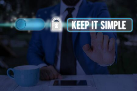 Text sign showing Keep It Simple. Business photo text Remain in the simple place or position not complicated 版權商用圖片 - 134463848