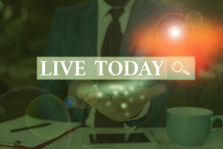 Text sign showing Live Today. Business photo showcasing spend your life doing what you want Live in the present moment Foto de archivo
