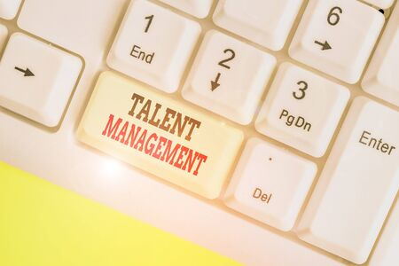 Handwriting text Talent Management. Conceptual photo anticipation of required huanalysis capital for an organization 版權商用圖片