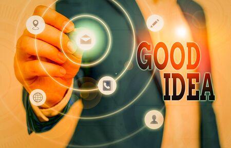 Textzeichen, das gute Idee zeigt. Geschäftsfototext ein ausgezeichneter Vorschlag und ein Plan, um etwas zu erreichen Standard-Bild