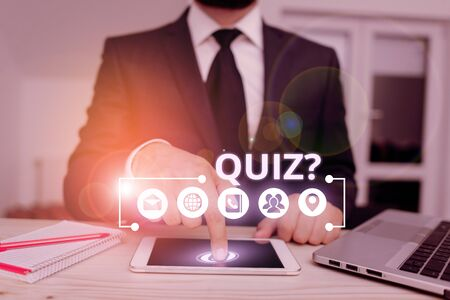Word writing text Quiz Question. Business photo showcasing test of knowledge as competition between individuals or teams Banco de Imagens