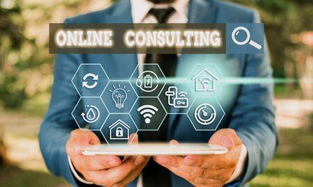 Signo de texto que muestra consultoría en línea. Foto y texto de negocios obtenga información o consejos de demostraciones a través de Internet Foto de archivo