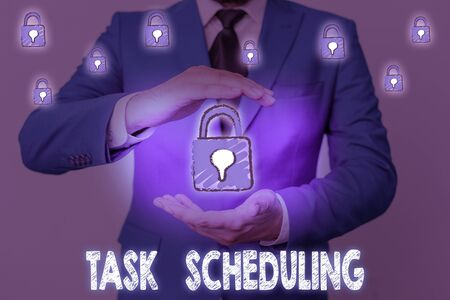 Word writing text Task Scheduling. Business photo showcasing The assignment of start and end times to a set of tasks Archivio Fotografico