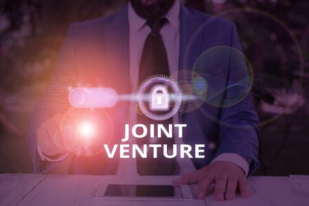Text sign showing Joint Venture. Business photo text New firm formed to achieve exact objectives of a partnership Reklamní fotografie