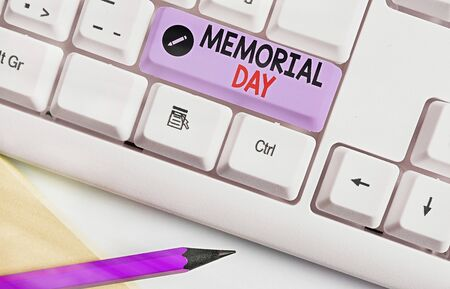 Writing note showing Memorial Day. Business concept for remembering the military demonstratingnel who died in service 写真素材 - 143274650