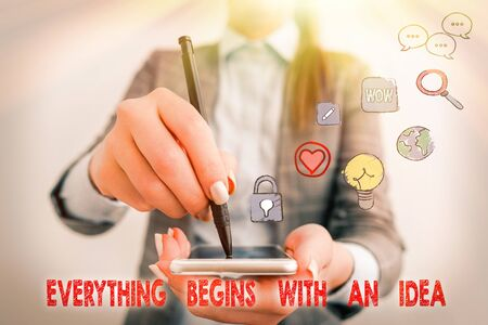 Text sign showing Everything Begins With An Idea. Business photo text steps you take to turn an idea into a reality 版權商用圖片