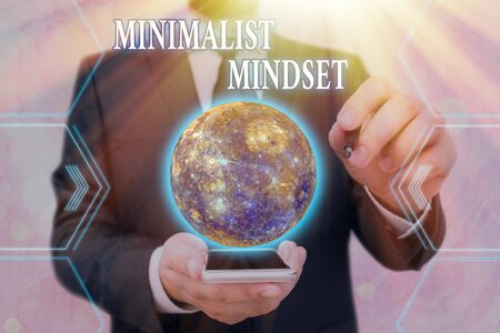 Handwriting text writing Minimalist Mindset. Conceptual photo Be more Aware what Life can Offer without Clutter Reklamní fotografie