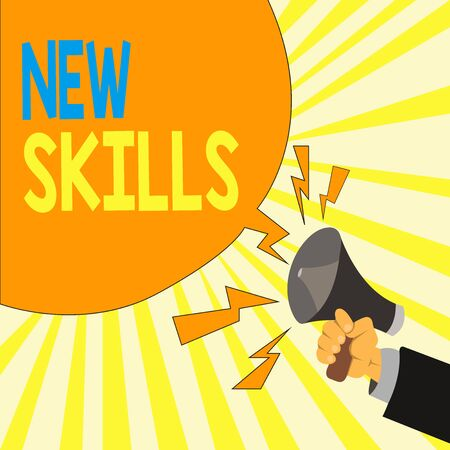 Text sign showing New Skills. Business photo showcasing Recently Acquired Learned Abilities Knowledge Competences Male Hu analysis Hand Holding Megaphone Shouting Yelling and Blank Speech Bubble Zdjęcie Seryjne