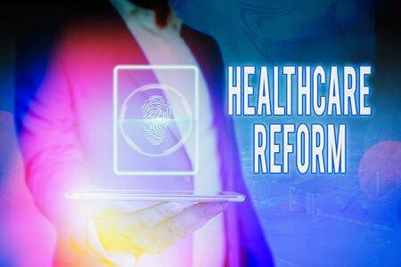 Handwriting text Healthcare Reform. Conceptual photo Innovation and Improvement in the quality of care program Stockfoto