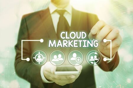 Handwriting text Cloud Marketing. Conceptual photo The process of an organisation to market their services Banque d'images