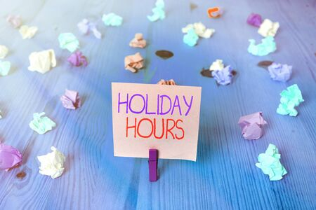 Conceptual hand writing showing Holiday Hours. Concept meaning Schedule 24 or7 Half Day Today Last Minute Late Closing Standard-Bild