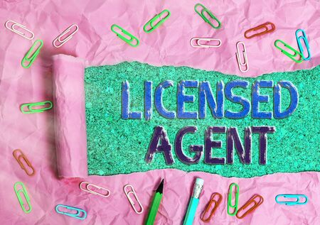 Handwriting text Licensed Agent. Conceptual photo Authorized and Accredited seller of insurance policies 版權商用圖片