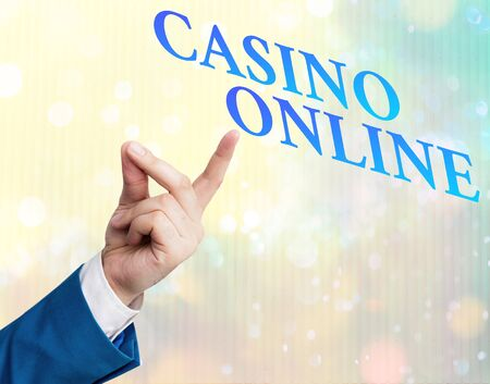 Writing note showing Casino Online. Business concept for Computer Poker Game Gamble Royal Bet Lotto High Stakes Stockfoto