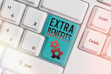 Word writing text Extra Benefits. Business photo showcasing Additional compensation Bonus Subsidies Incentives Allowances Zdjęcie Seryjne